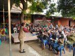 wakil-ketua-komisi-a-dprd-sulsel-rahman-pina-menyerap-aspirasi-masyarakat-kelurahan-biring-romang.jpg