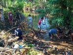 warga-desa-tamarupa-bersihkan-sungai.jpg<pf>bersihkan-kampung.jpg