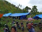 warga-kecamatan-malunda-kabupaten-majene-sulbar-mengungsi-usai-gempa-magnitudo-621.jpg