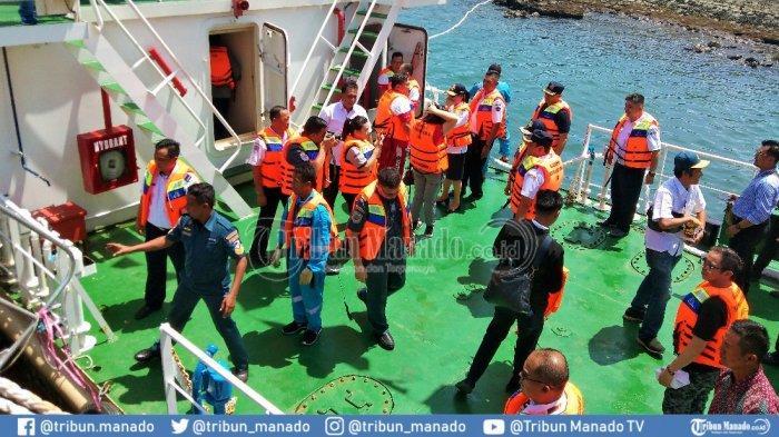 2 Kapal Tol LautBakalBeroperasi di Manado-Likupang-Bunaken