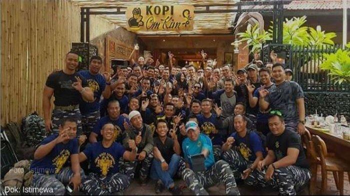 3 Fakta di Balik Foto Viral Kebersamaan Kru Kapal Selam KRI Nanggala 402, Kunjungi Mantan Pimpinan