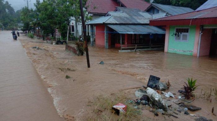 41 Rumah di Desa Bakan dan Mopusi Tergenang Air