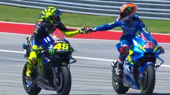 Kaget Bisa Kalahkan The Doctor, Valentino Rossi Puji Kecerdikan Alex Rins di Race MotoGP Amerika