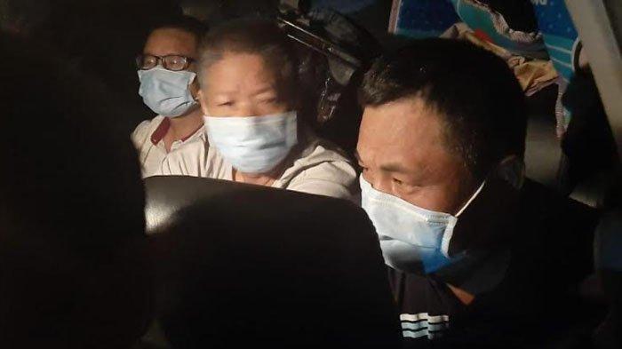7 Pekerja Asal ChinaDiadang WargaNagan Raya, Hendak ke PLTU Milik Swasta Tumpangi Mini Bus