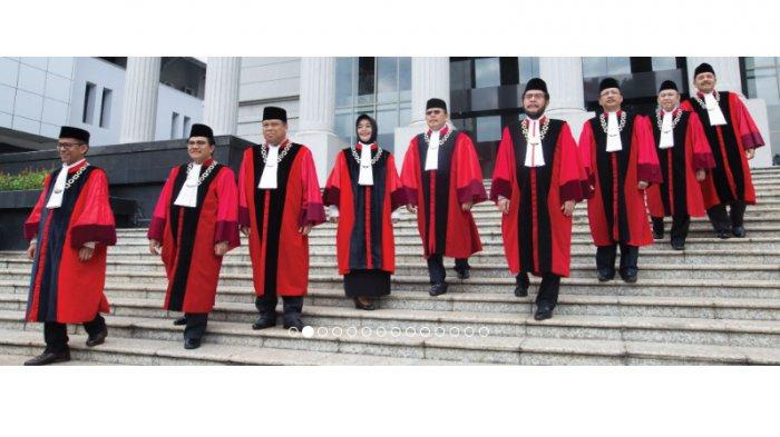 Profil 9 Hakim Mahkamah Konstitusi Penentu Nasib Capres No 01 Jokowi-Ma'ruf dan No 02 Prabowo-Sandi