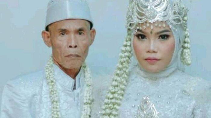 Abah Sarna dan Noni, pasangan suami istri beda usia.