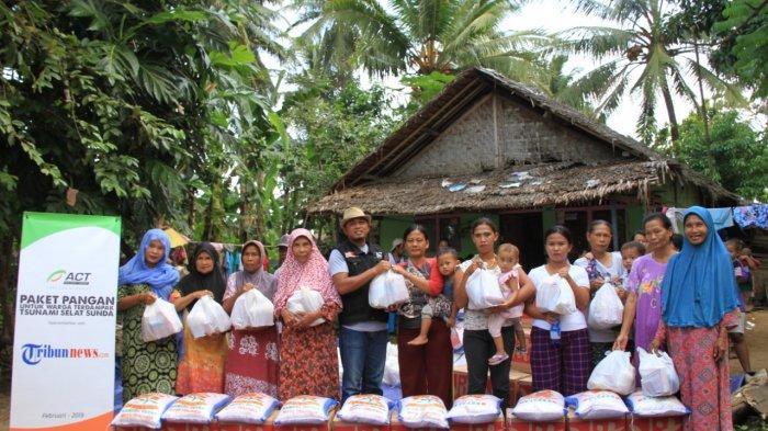 ACT dan Tribunnews Salurkan Bantuan kepada Korban Tsunami Selat Sunda