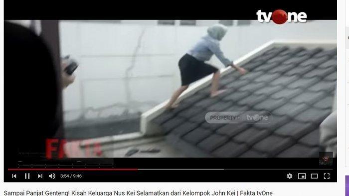 DETIK-detik Adik Nus Kei Panjat Genting Saat Diserang Geng John Kei, Teriak Minta Tolong dari Atap
