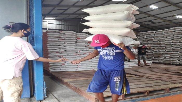 Ilustrasi ketersediaan beras menjelang Idul Fitri
