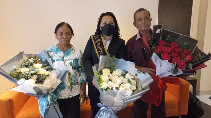 Agustince Kula Perempuan Asal Mitra, Raih Gelar Doktor Termuda, Sebut Keluarga Kunci Suksesnya