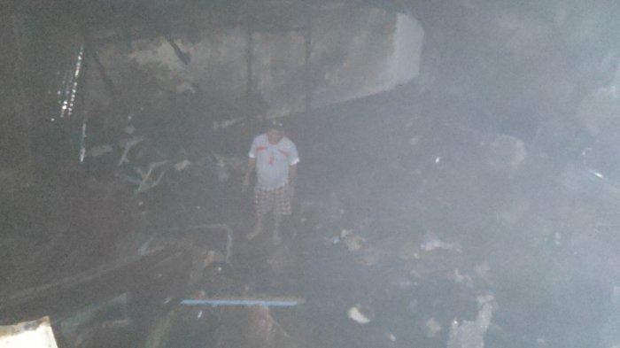 Akibat Lupa Matikan Obat Nyanyuk, Rumah Semi Permanen Hangus Terbakar