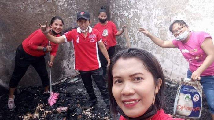 Aksi kemanusian dari organisasi gereja dan kelompok masyarakat saat melakukan bersih-bersih puing-puing sisa-sisa kebakaran hebat Pasar Tua Bitung.