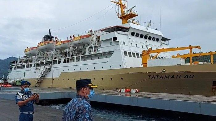 Aktivitas Debarkasi dan Embarkasi di Pelabuhan Samudera Bitung Sepi