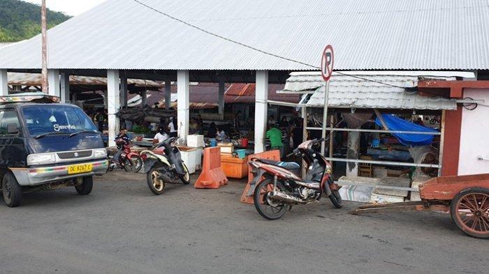 Aktivitas di Pasar Tradisional Ulu Siau