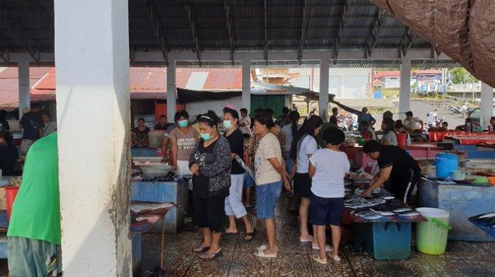 Jam Operasional Pasar Tradisional di Kabupaten Sitaro Dibatasi Sampai Pukul 20.00 Wita