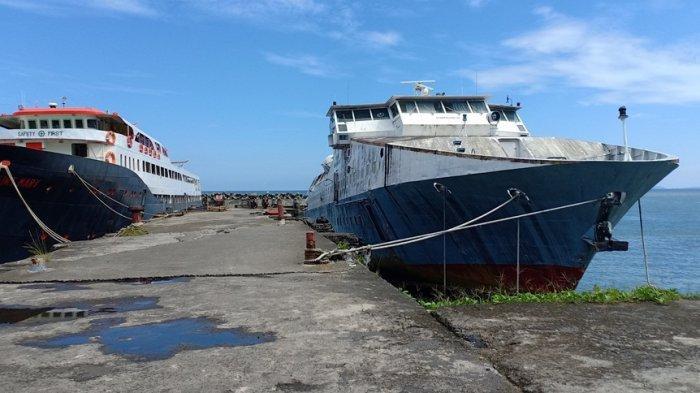 Aktivitas di Pelabuhan Manado Lengang