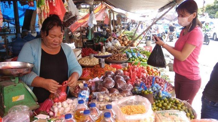 Rincian Harga Bahan Pokok di Pasar Karombasan Kota Manado 16 Juni 2021