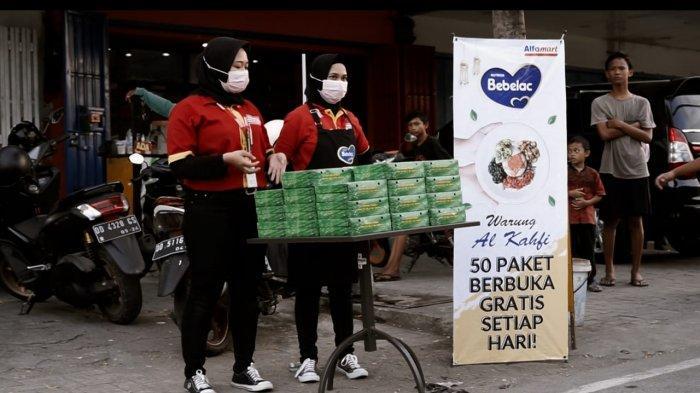 Alfamart dan Bebelac membagikan 55.555 paket nutrisi