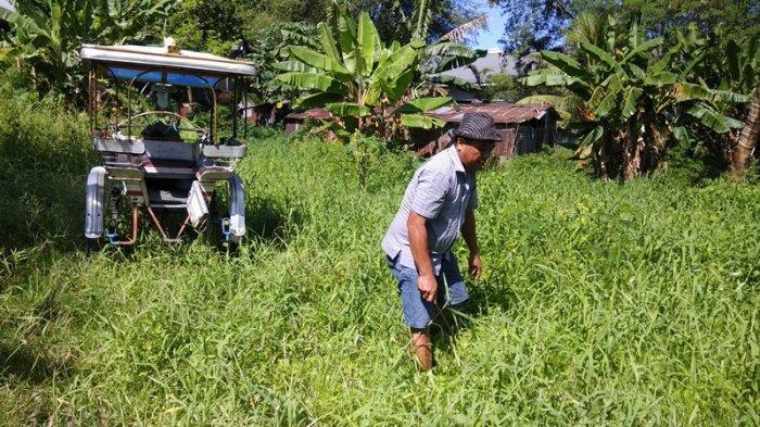 Alvian Noho (40), salah satu kusir Delman yang masih beroperasi di Kota Manado, Sulawesi Utara.