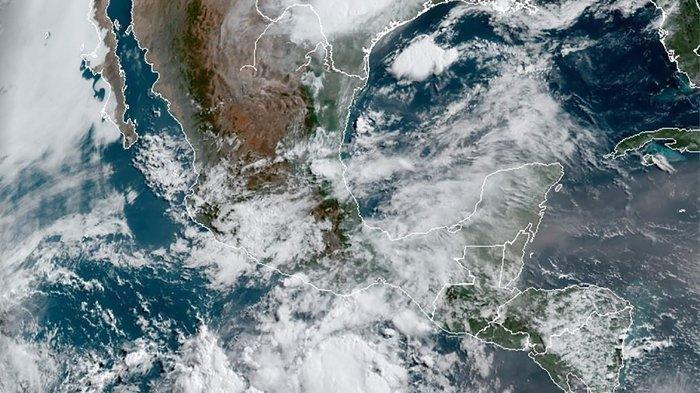 Ilustrasi - Badai besar di Jepang, Selasa 16 Februari 2021.