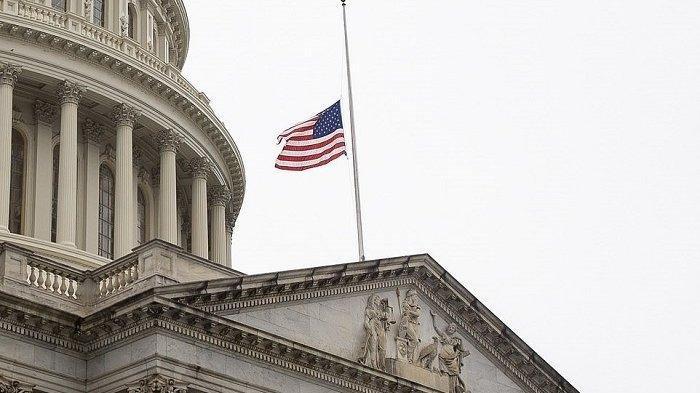 Pasien Virus Corona Meninggal Dekati 100.000, Amerika Pasang Bendera Setengah Tiang