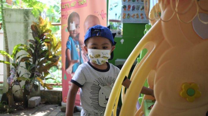 Anak penderita kanker