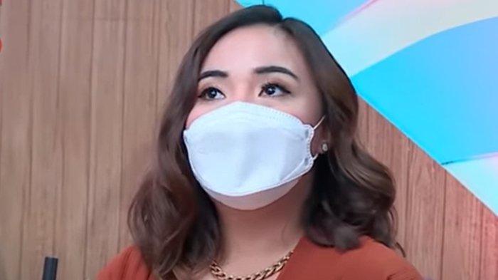 Angelica Manopo saat hadir di studio Kopi Viral Trans TV; Rabu 4 Agustus 2021