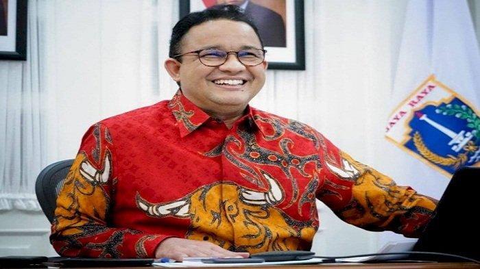 Unggah Foto Pakai Batik Merah Bergambar Banteng, Benarkah Anies Baswedan Merapat ke PDIP?