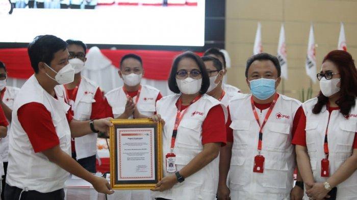 Annie Dondokambey Terima Penghargaan PMI, Medy Lensun: Semangatnya Gugah Hati Masyarakat