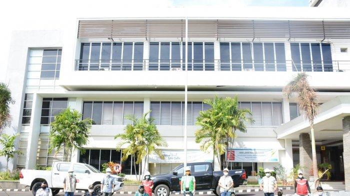 Sambut New Normal, PLN Suluttenggo Disinfeksi Seluruh Area Kantor 3 Hari Berturut-turut