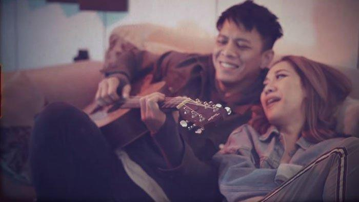 Usai Unggah 4 Foto ini, Ariel NOAH dan Bunga Citra Lestari Dapat Restu Netizen: Nikah Aja Pas Banget