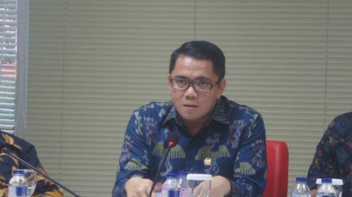 Foti: Anggota DPR RI dari Fraksi PDI-P Arteria Dahlan saat menjadi pembicara dalam diskusi Respublica Political Institute bertajuk Perppu Ormas dan Ancaman Radikalisme di Megawati Institute, Jakarta Pusat, Selasa (17/10/2017).