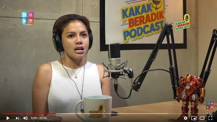Kronologi Konflik Nikita Mirzani & Sosok Youtuber yang Usik Orang di Belakang Nyai: Jangan Diedit ya