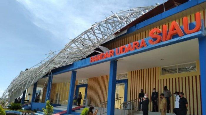 Bupati Sitaro Evangelian Sasingen Baru Tahu Atap Ruang Tunggu Bandara Siau Ambruk