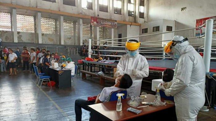 Sebelum Masuk Pelatda, Atlet dan Pelatih PON Sulut Jalani Tes Swab PCR