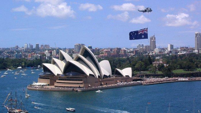Tampilan Sidney Opera House serta sebagian Kota Sidney Australia