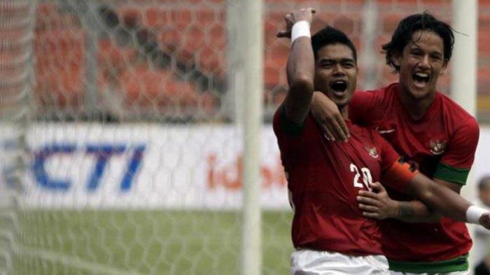 PelatihPersebaya Surabaya SebutBambang Pamungkas Sosok Profesional Sejati