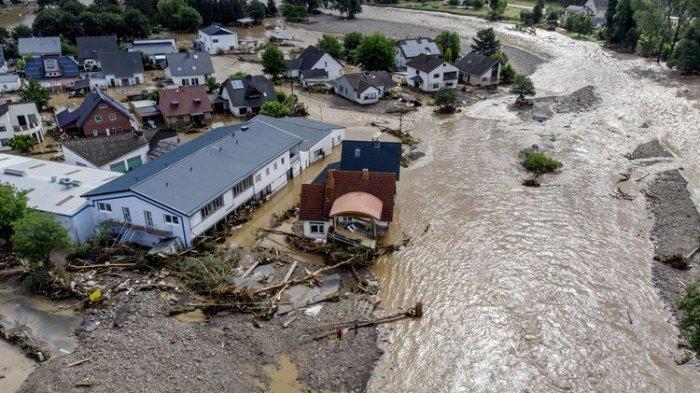 Banjir Bandang Landa 3 Negara Eropa Barat, Jerman, Belgia dan Belanda.