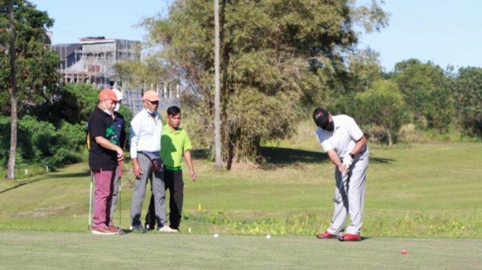 Bank SulutGo menggelar kejuaraanBSG Golf Open Tournament 2021 dalam rangka HUT ke-60 BSG di Wenang Golf Course Manado, akhir pekan lalu.