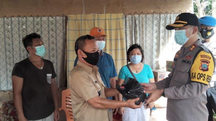Polres Minsel Bantu Korban Bencana Alam di Kecamatan Tumpaan