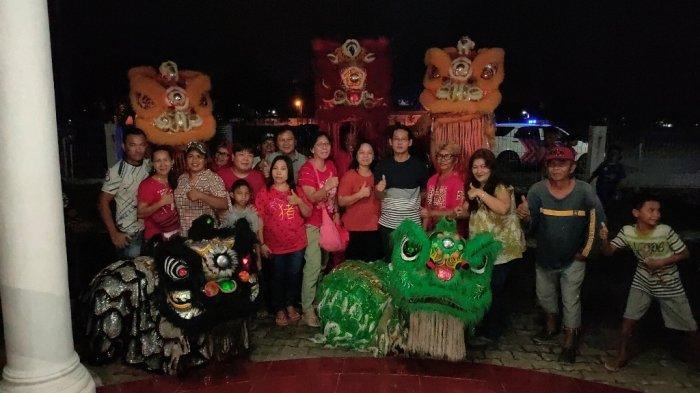 BREAKING NEWS Rumah Almarhum Mantan Wali Kota Bitung Hanny Sondakh, Didatangi Barongsai SBK