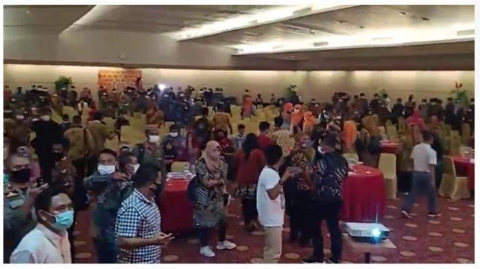 Kapolres AKBP Desmont Harjendro Bubarkan Acara Bawaslu Award Kabupaten Gorontalo