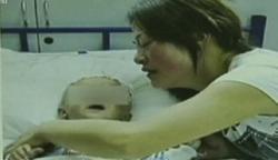 Tragis, Kawanan Monyet Lempar Bayi dari Atap Rumah hingga Bunuh Satu Keluarga, Tewas di Saluran Air