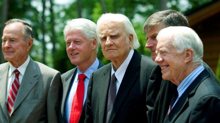 Billy Graham bersama para mantan presiden Amerika Serikat