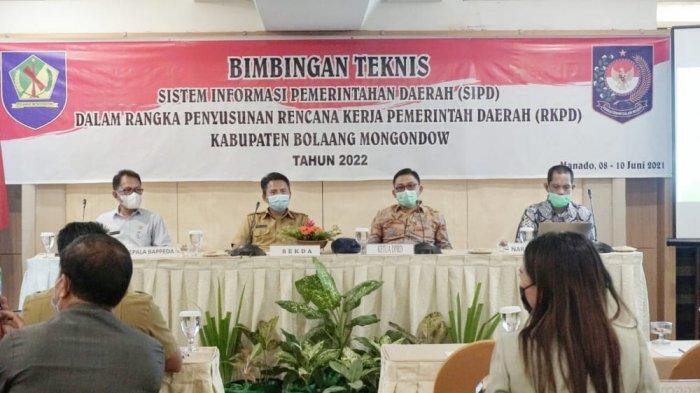 DPRD Bolmong Ikuti Bimtek SIPD di Manado