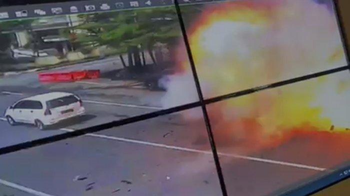 bom bunuh diri di Makassar