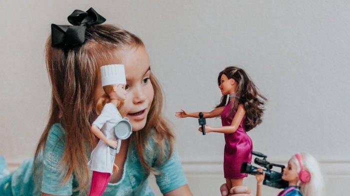 4 Arti Mimpi Tentang Boneka Barbie, Pertanda Baik atau Buruk? Ini Tafsirannya