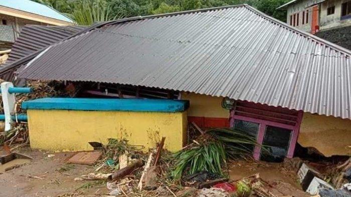 BREAKING NEWS : Banjir Bandang di Sangihe Pagi Tadi,BPBD Bilang Ada2 Korban Jiwa