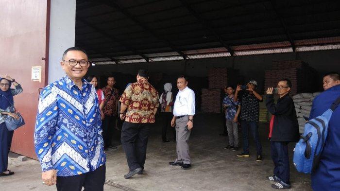 BREAKING NEWS: Sutriono Edi Sidak Bahan Pokok di Gudang CV Ichtiar Manado
