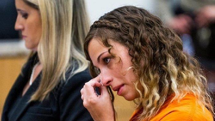 Guru Cantik Ini Divonis 20 Tahun Penjara Karena Berhubungan Dengan Muridnya
